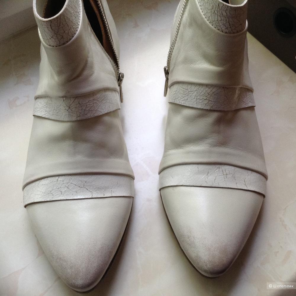 Ботинки Pantanetti, 38 размер