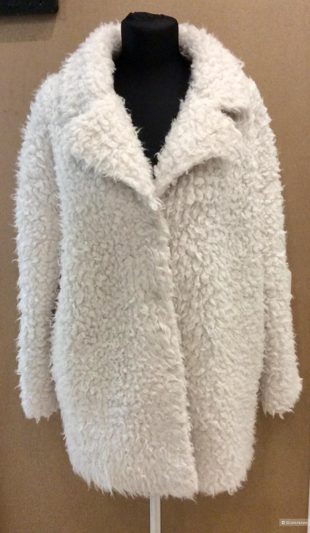 Демисезонное пальто R edition р.40FR (на 46-52)