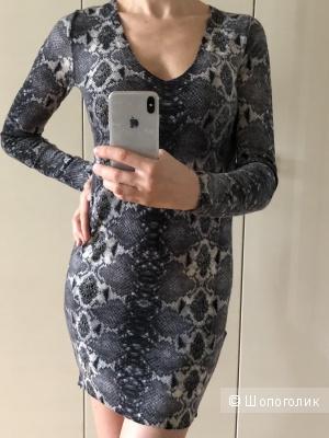 Платье/удлинённый свитер Patrizia Pepe 42
