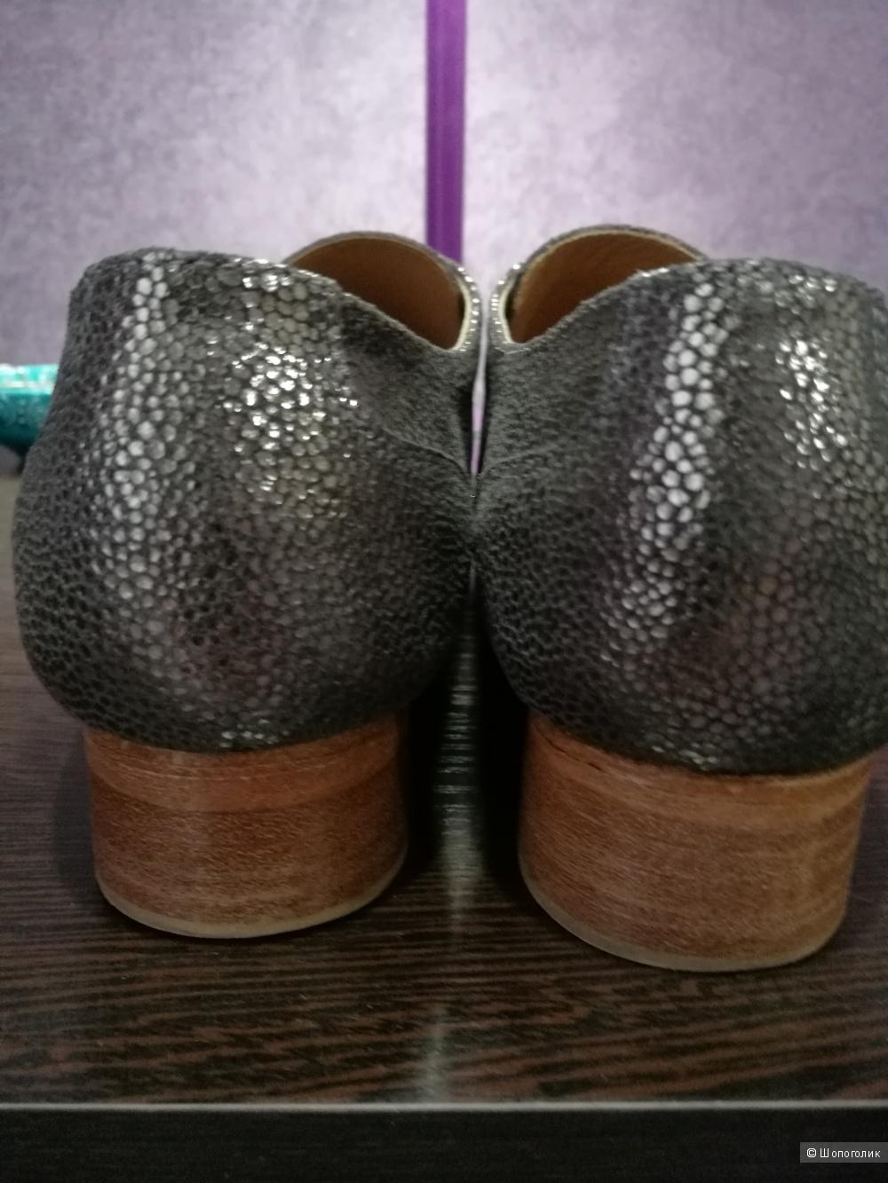 Туфли Petite Mendigote, размер EU 39.