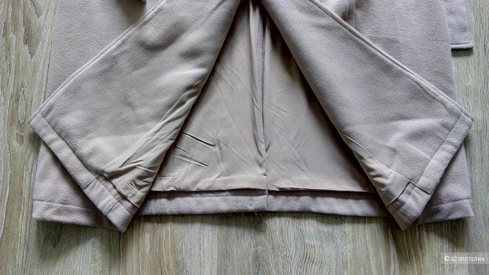 Пальто GUESS, размер М