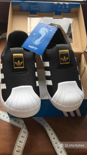 Кроссовки Adidas, 26 размер