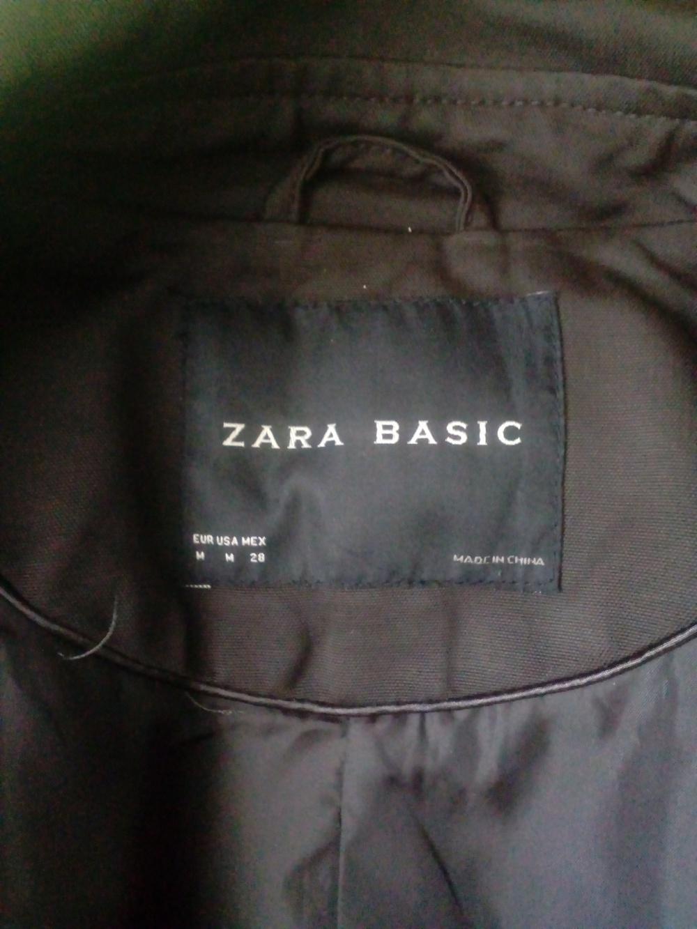 Плащ. Zara Basic. Р-р М.