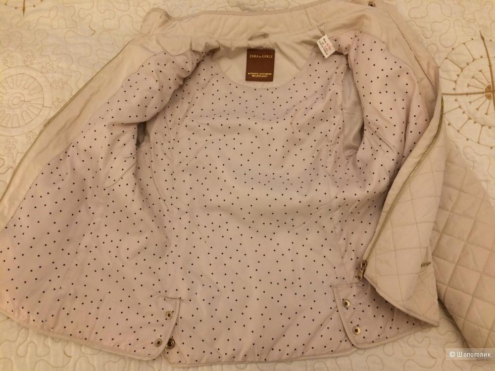 Демисезонная куртка Zara на девочку 140