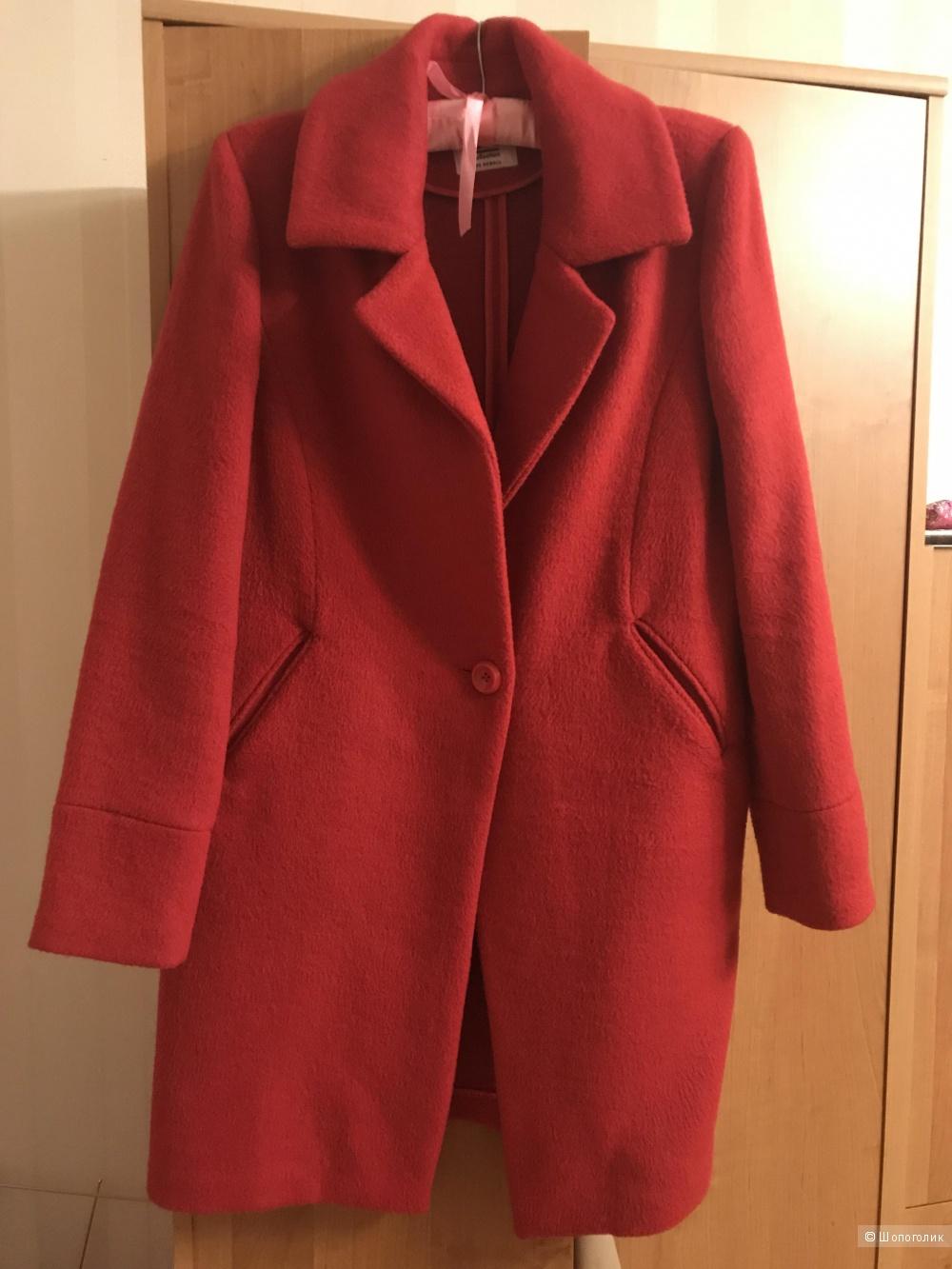 Пальто красное бренда SH collection размер XS