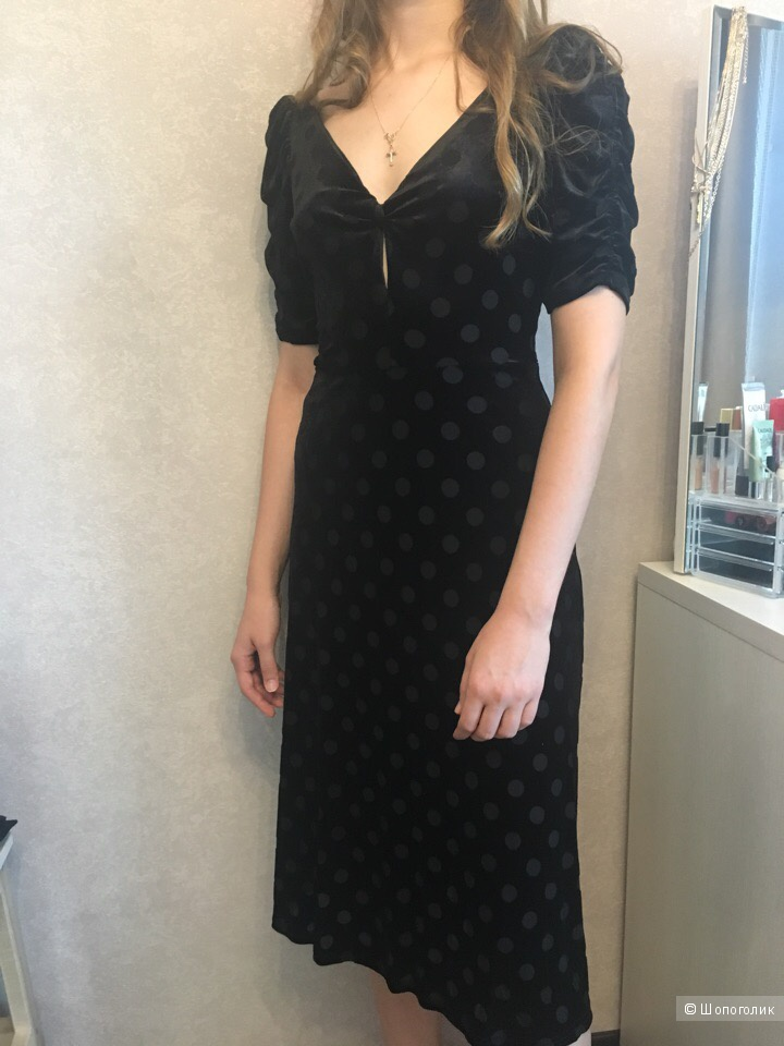 Бархатное платье Mango S