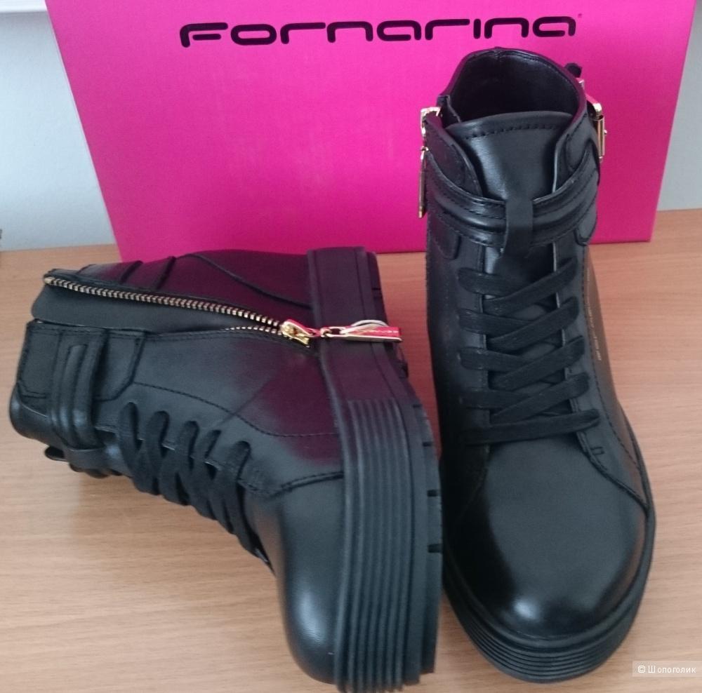 Ботинки FORNARINA 38 размер
