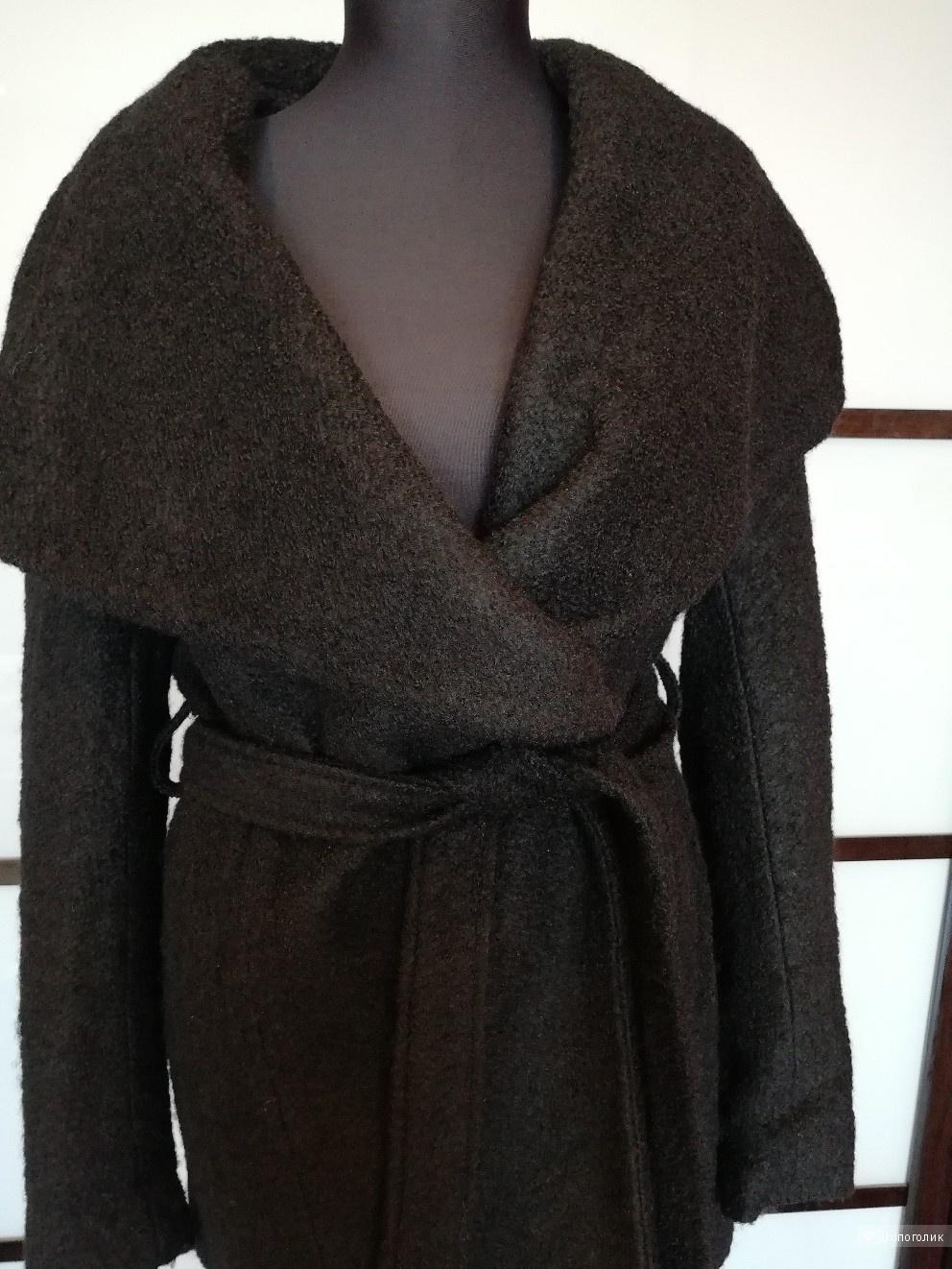 Пальто Mohito размер 36 на 44-46