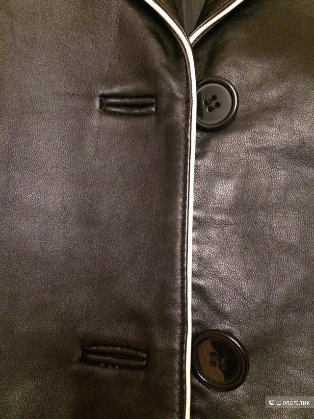 Куртка Tcm р. 46, 48