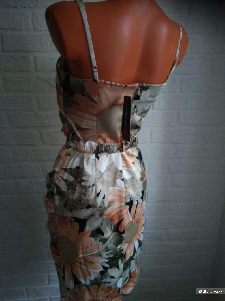 Платье Rinascimento, размер 42-44