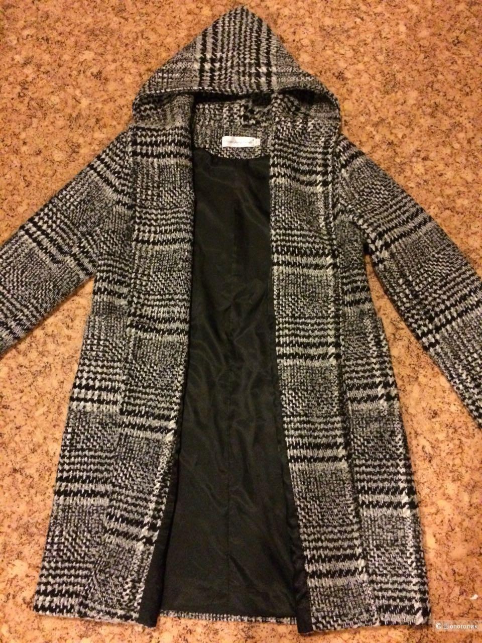 Пальто Zarandi,размер 42-46