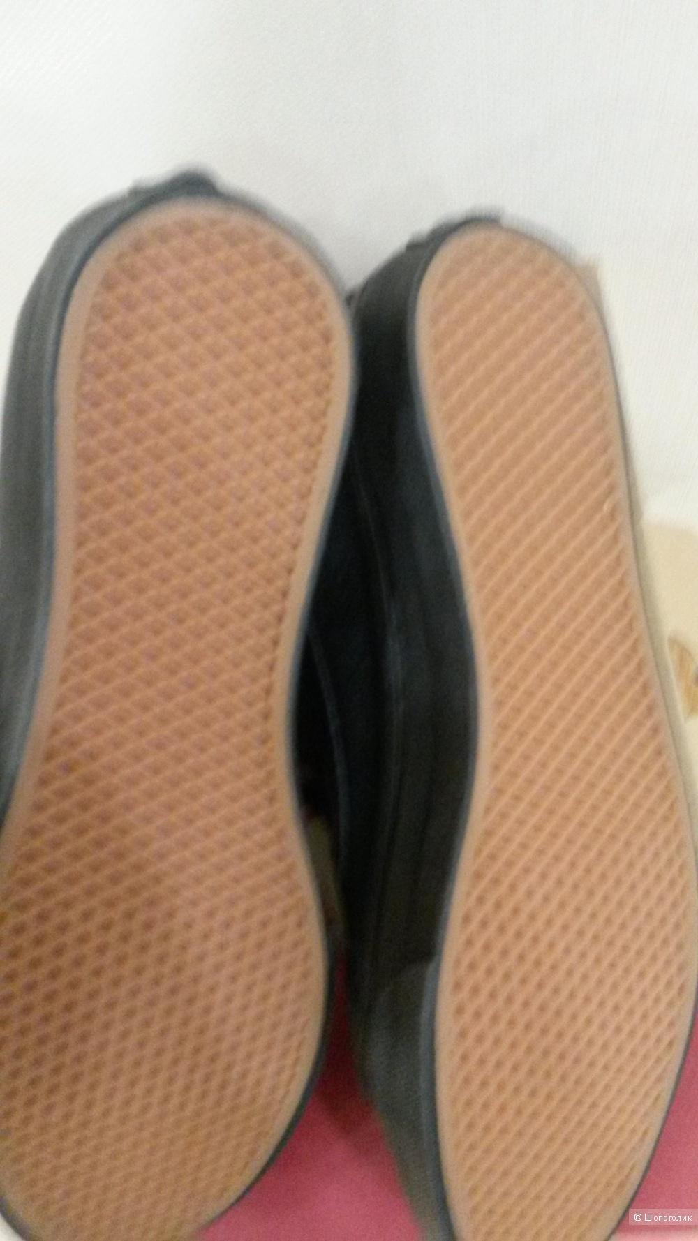 Высокие кожаные кеды Vans 37 размер
