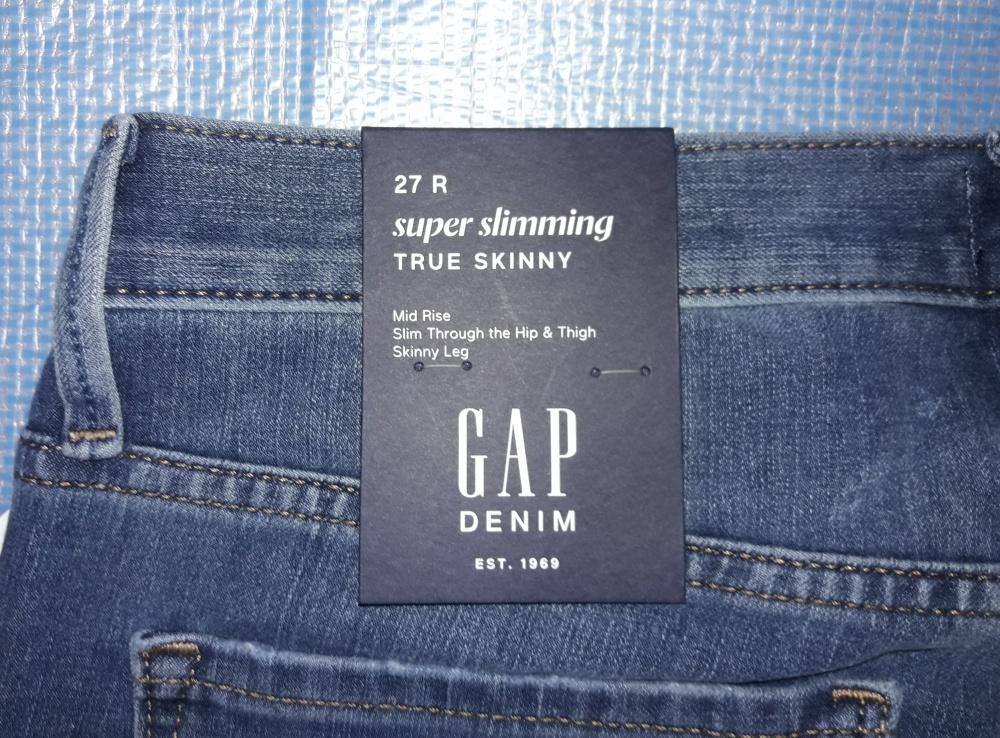 Джинсы-скинни GAP, размер 27