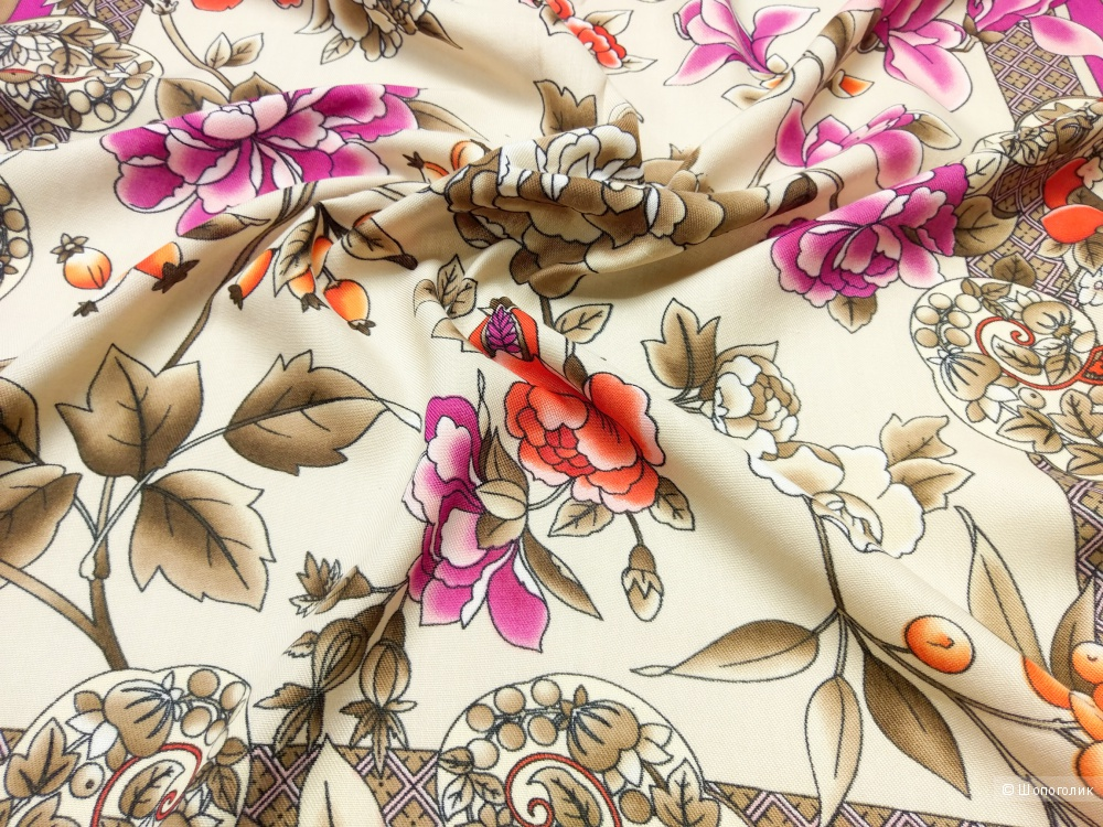 Платок Kenzo, magnolia, 90*90 см.