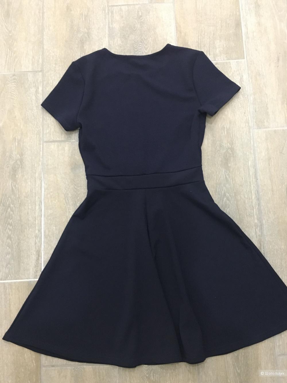 Платье Gloria jeans, размер м