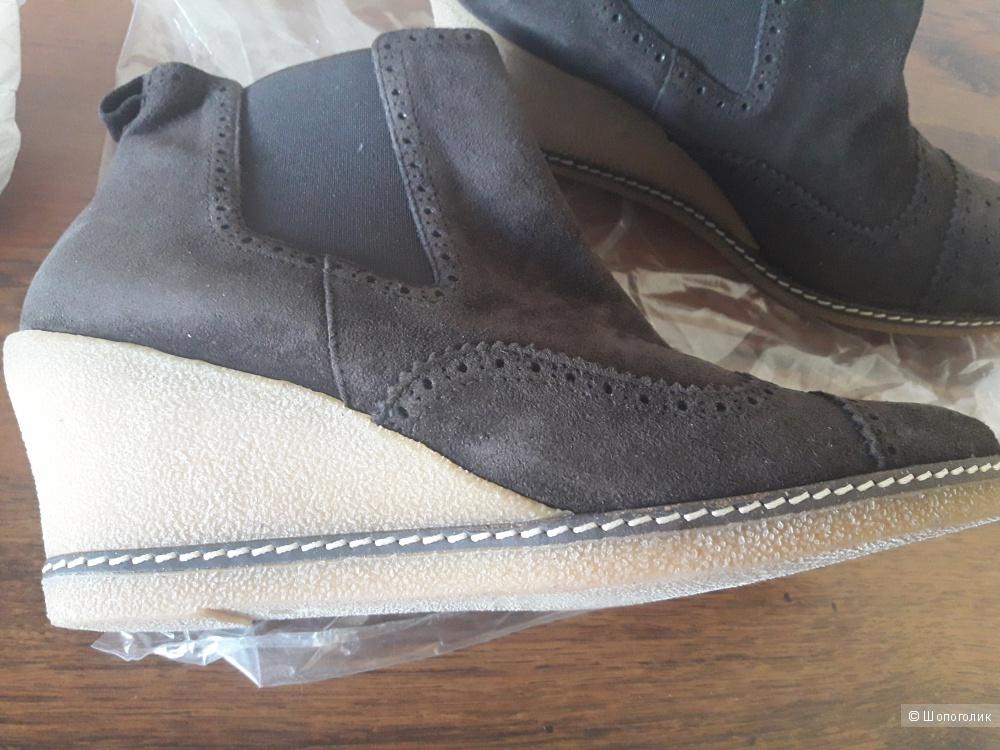 Ботинки Donald Pliner 39-39.5