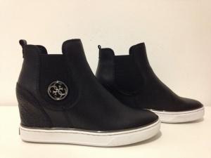 """Ботинки """" Guess """", 39-40 размер."""