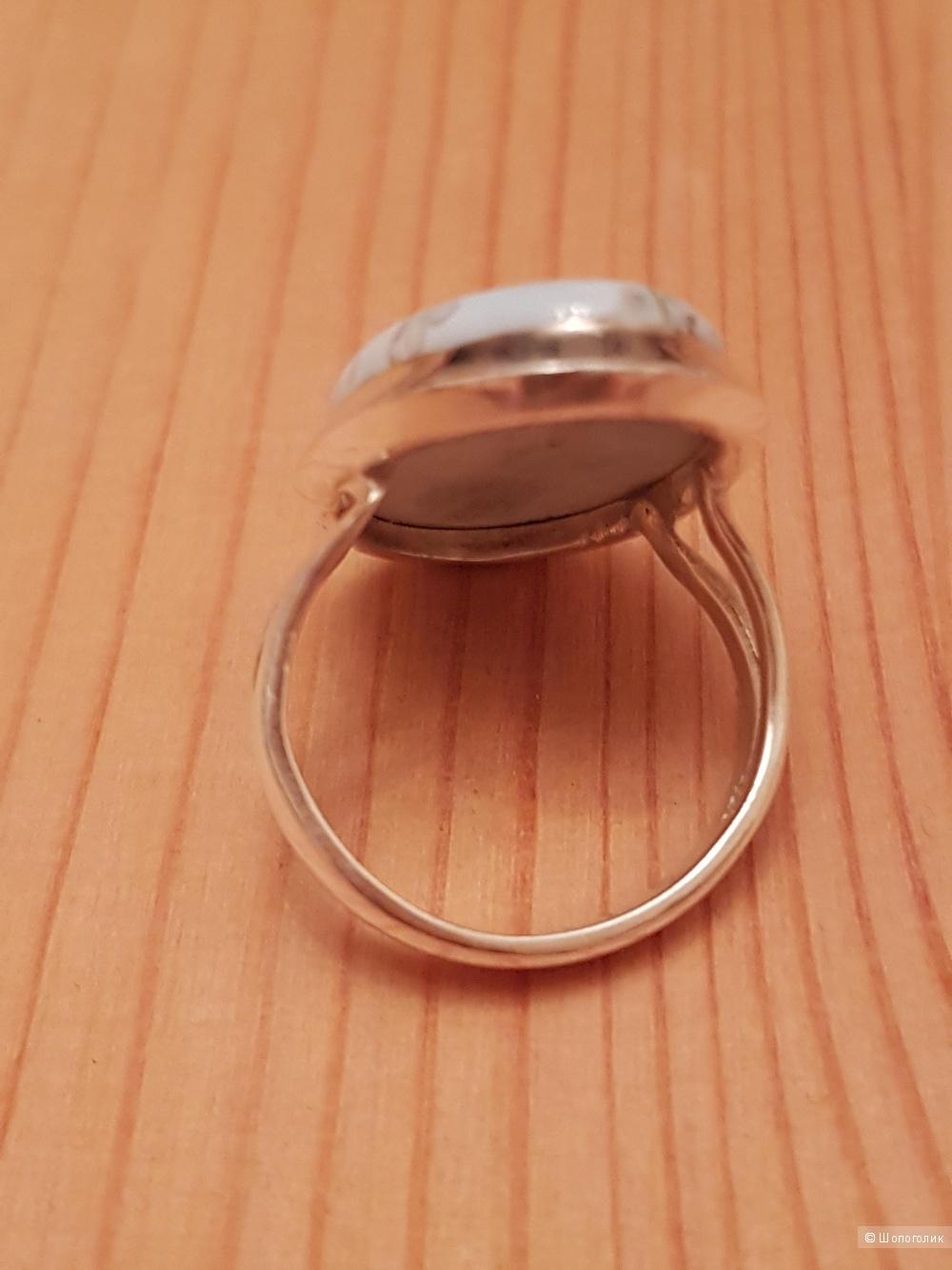 Кольцо серебряное с опалом, 17 размер