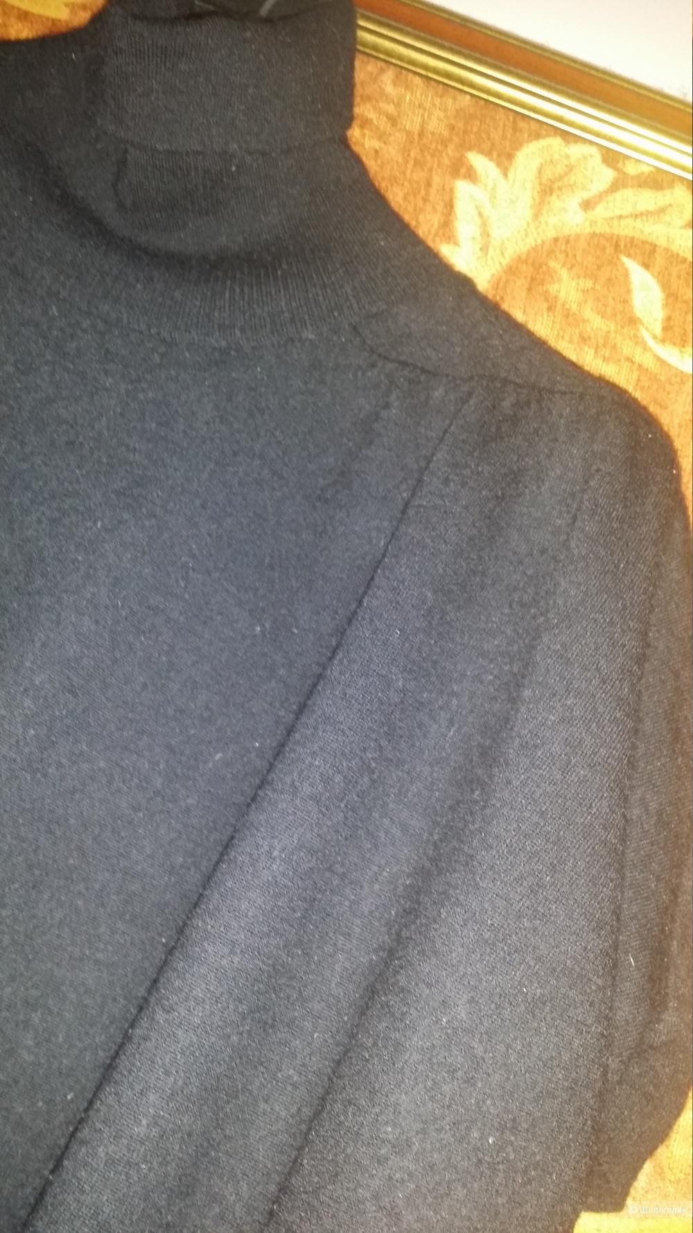 Кофта PennyPull( MaxMara) Размер 44-46