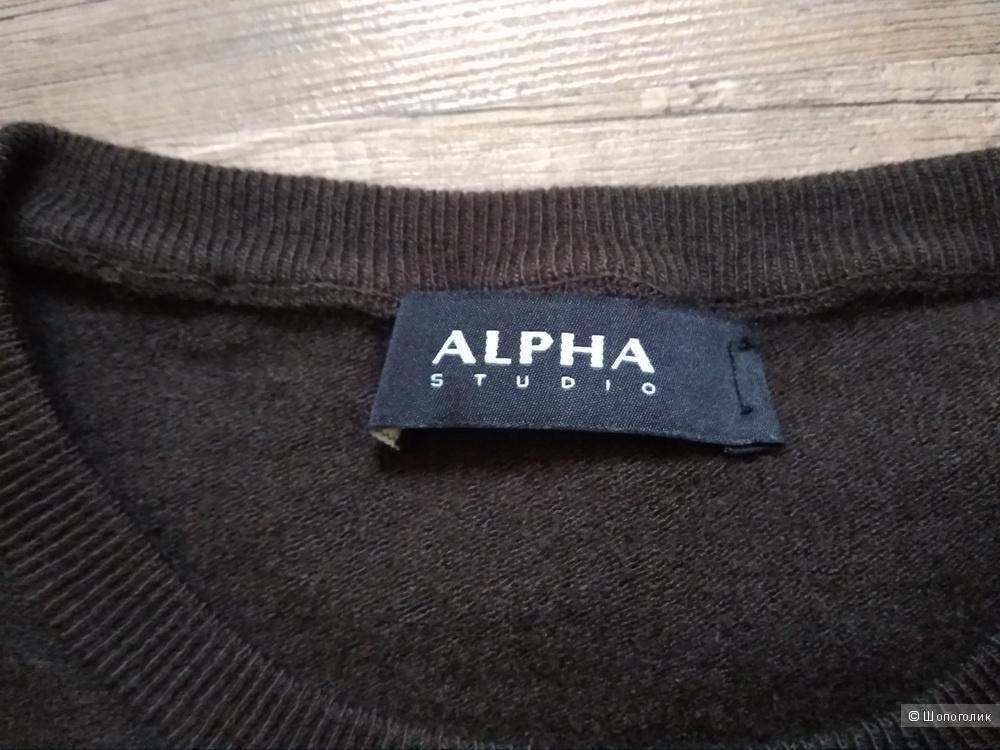 Свитер ALPHA STUDIO 44 размер