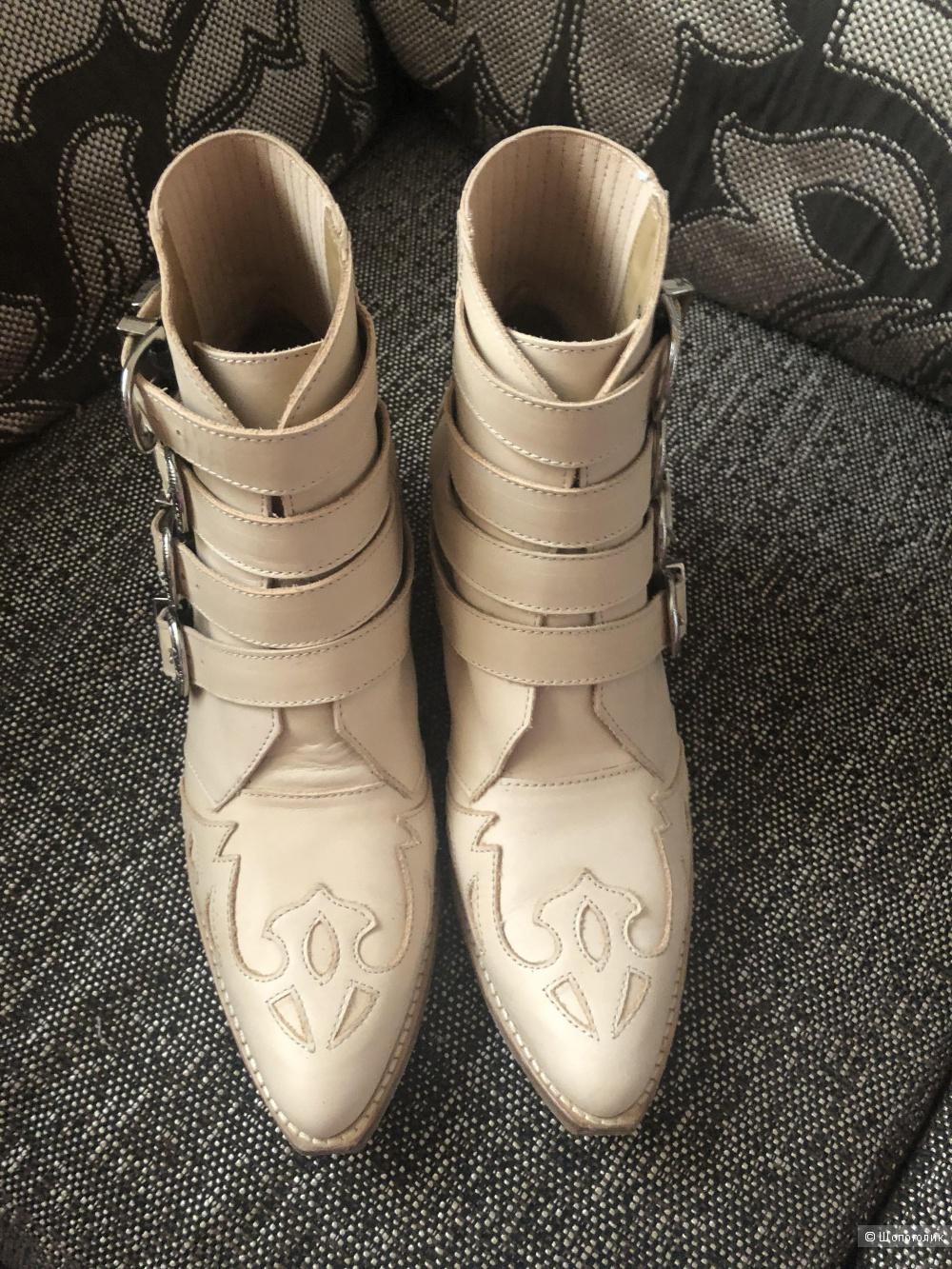 Ботинки-казаки Toga Pulla. Размер 39.