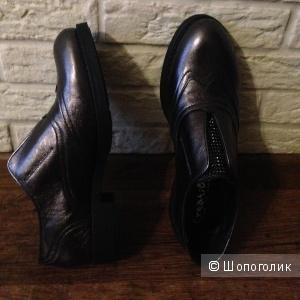Туфли Creative Italia, 39 размер