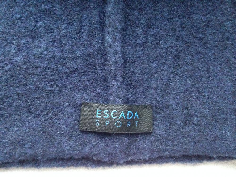 """Шапка """" ESCADA """", универсальный размер"""