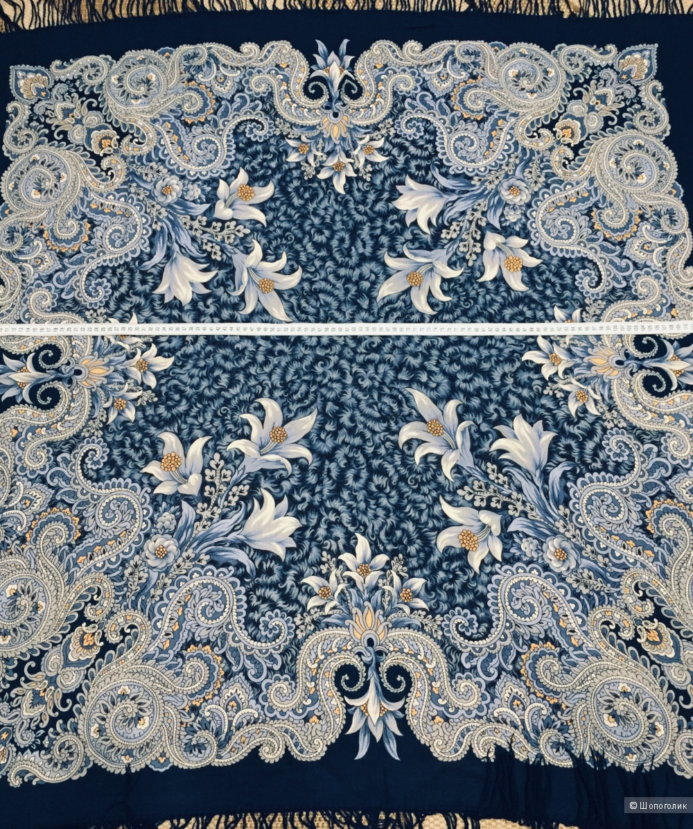 Платок Павлово Посадский размер 125 х 125 см