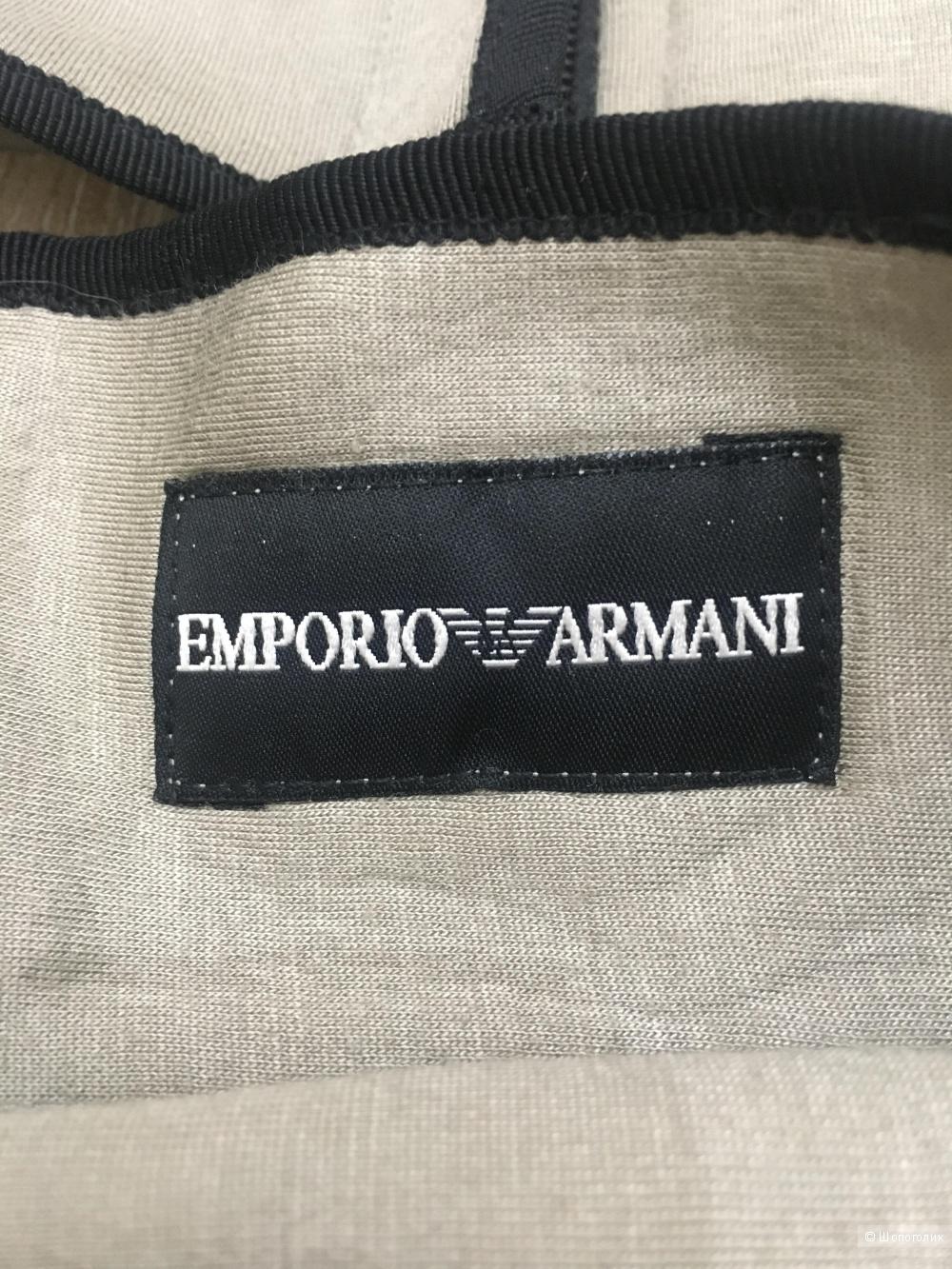 Костюм Emporio Armani  размер XS-S