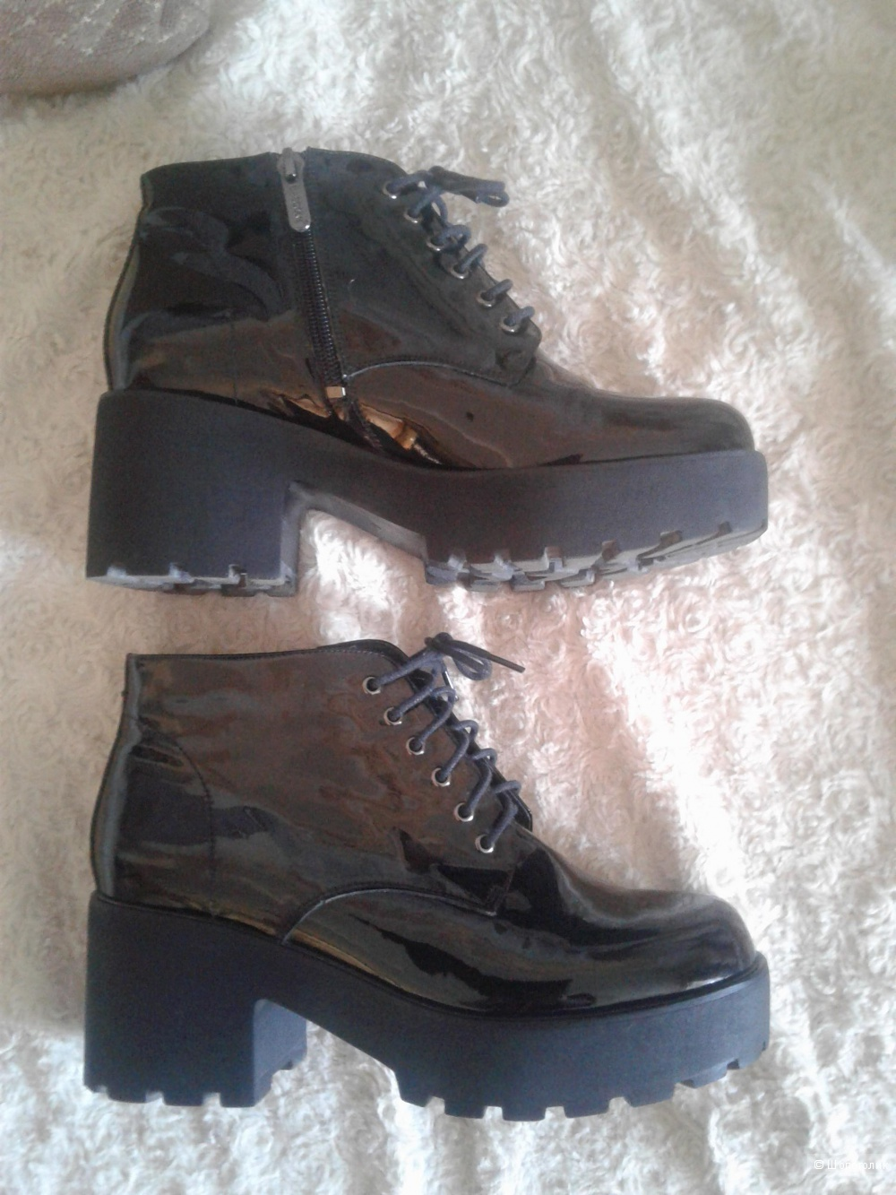 Ботинки BASCONI на 40 размер