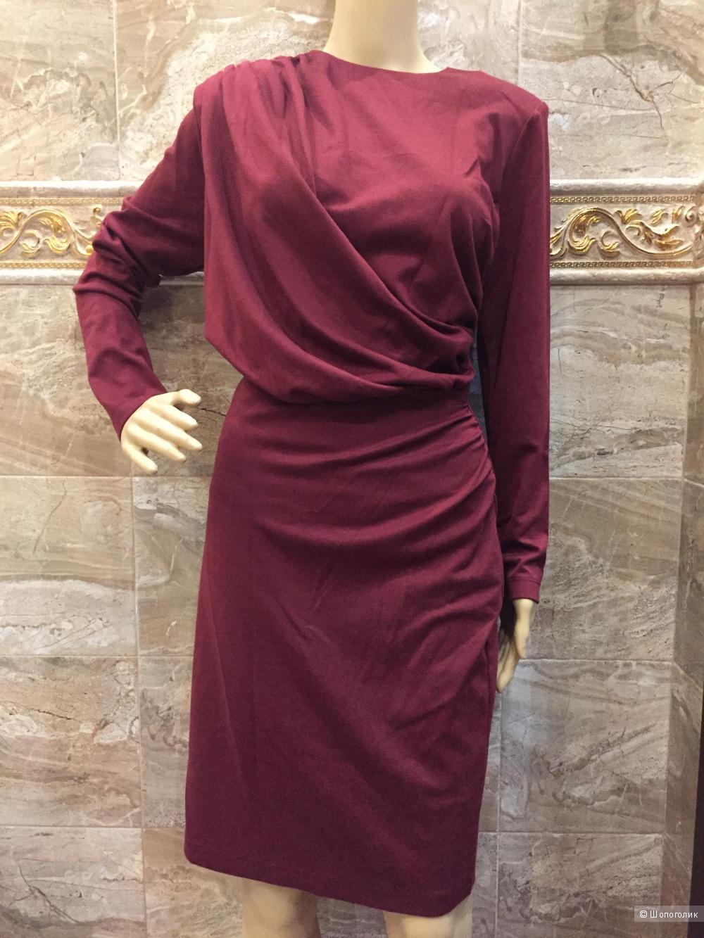 Платье Alexia Admor . р.М