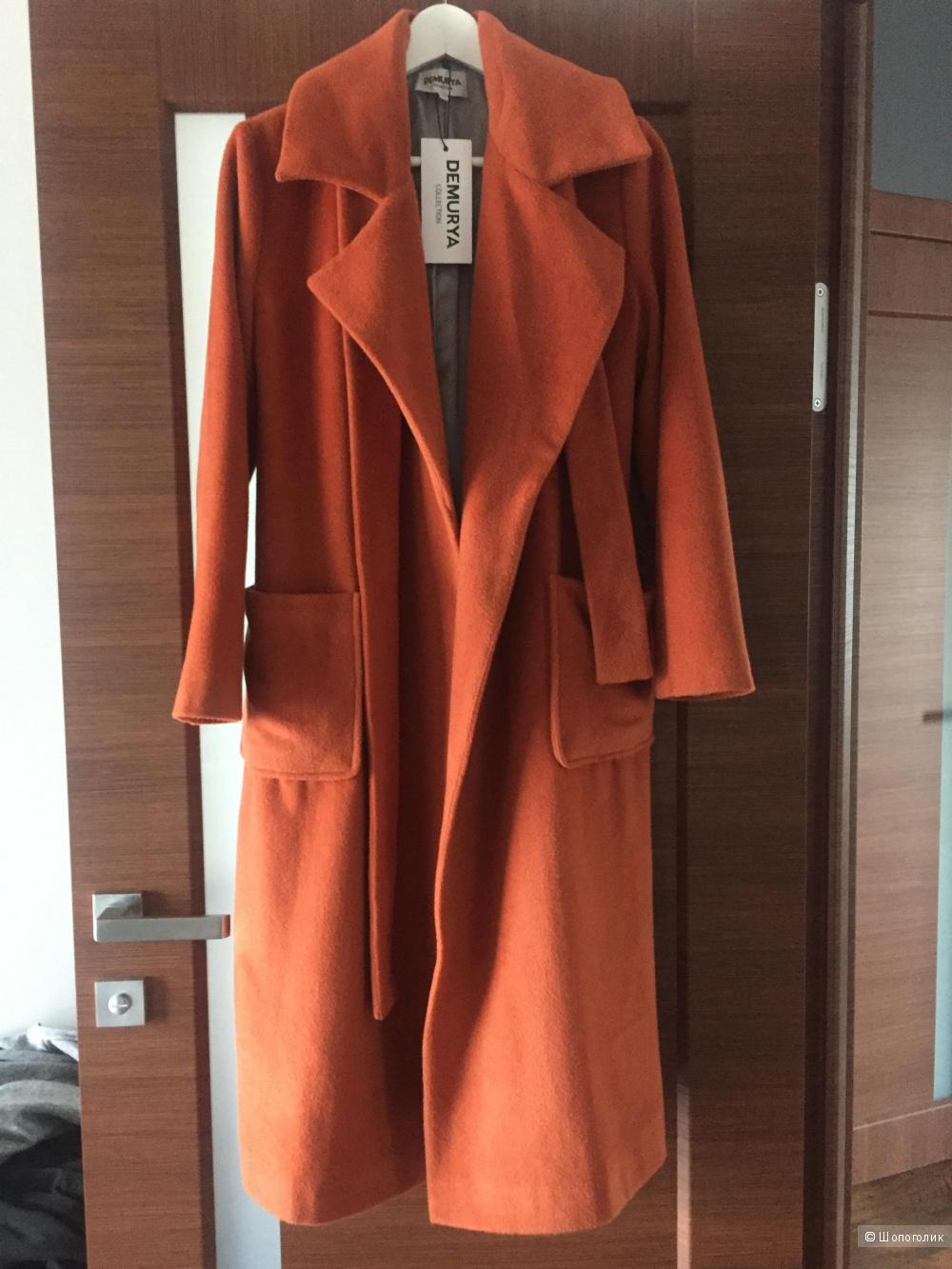 Пальто Demurya 40