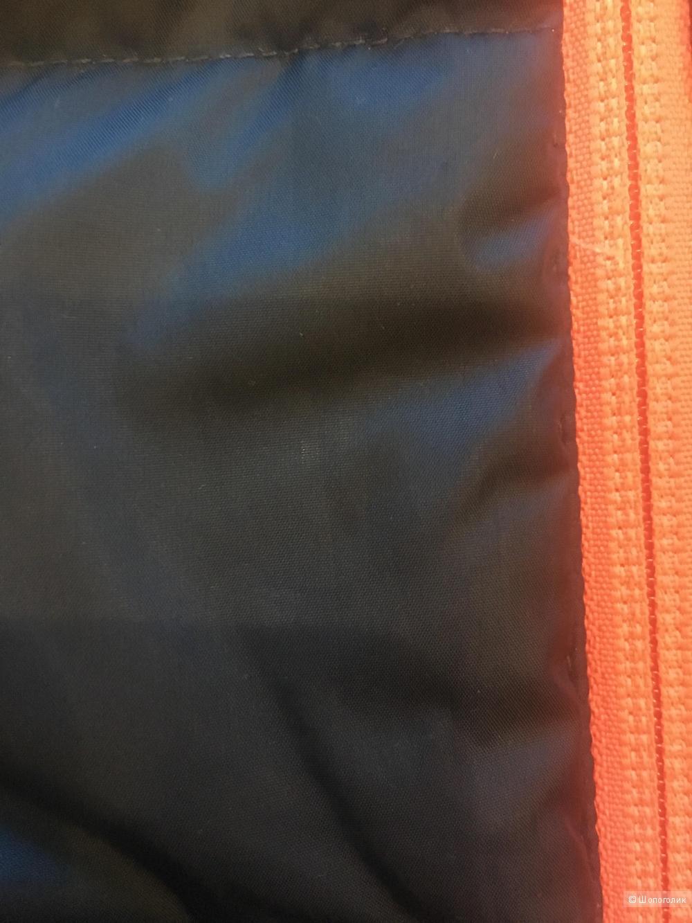 Пуховик Reebok,размер S 44-46