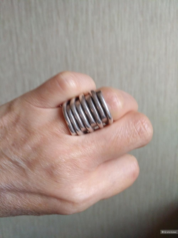 """Кольцо """"Tornado"""" Испанского бренда *unode 50 *"""