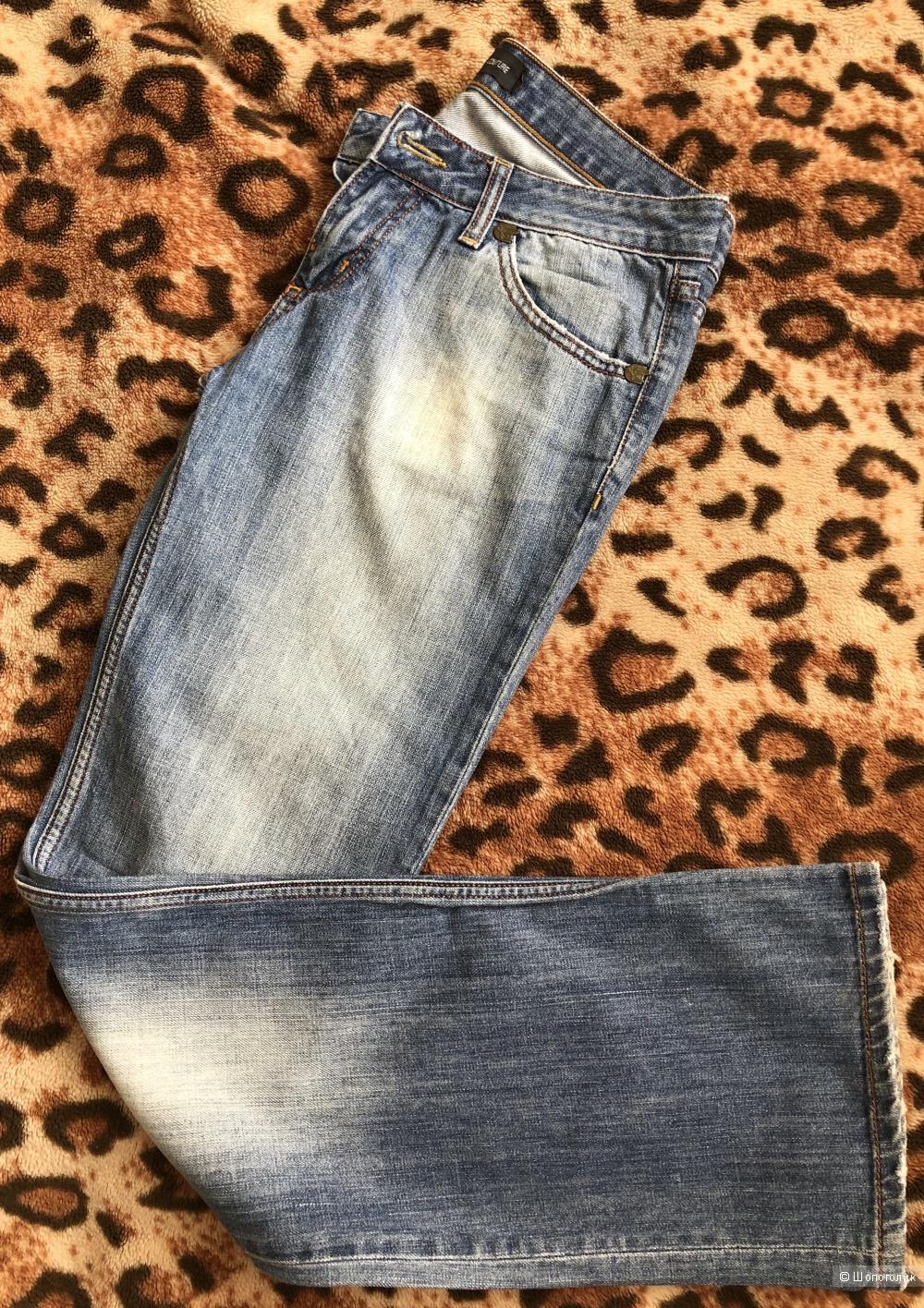 Джинсы Versace, размер М