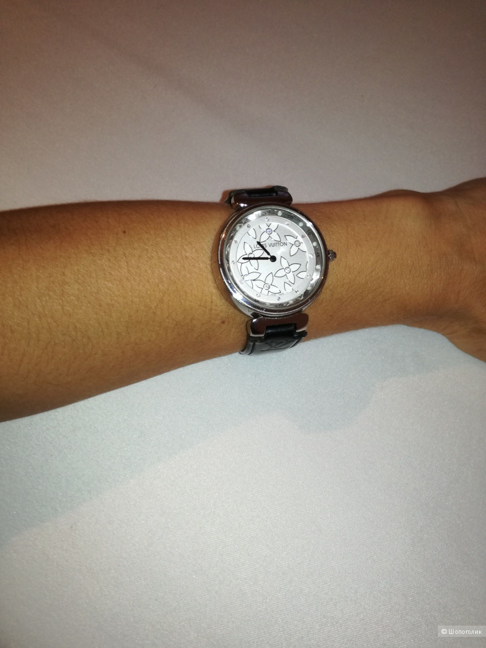 Часы женские Louis Vuitton Tambour