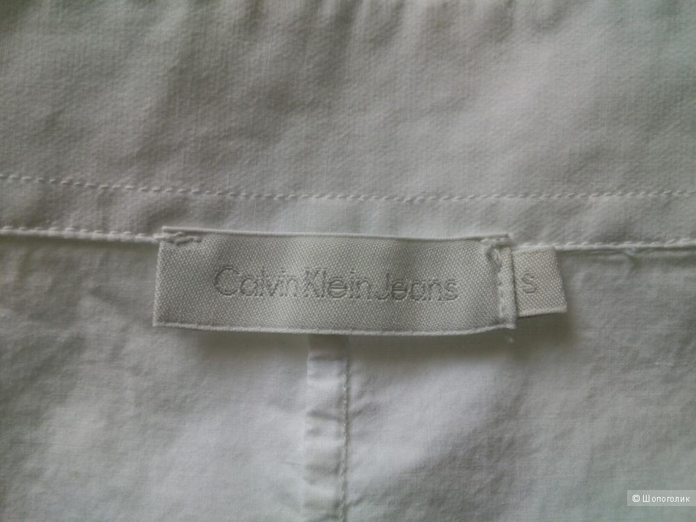 Рубашка Calvin Klein. Размер: S (подойдет на 44-46-48).