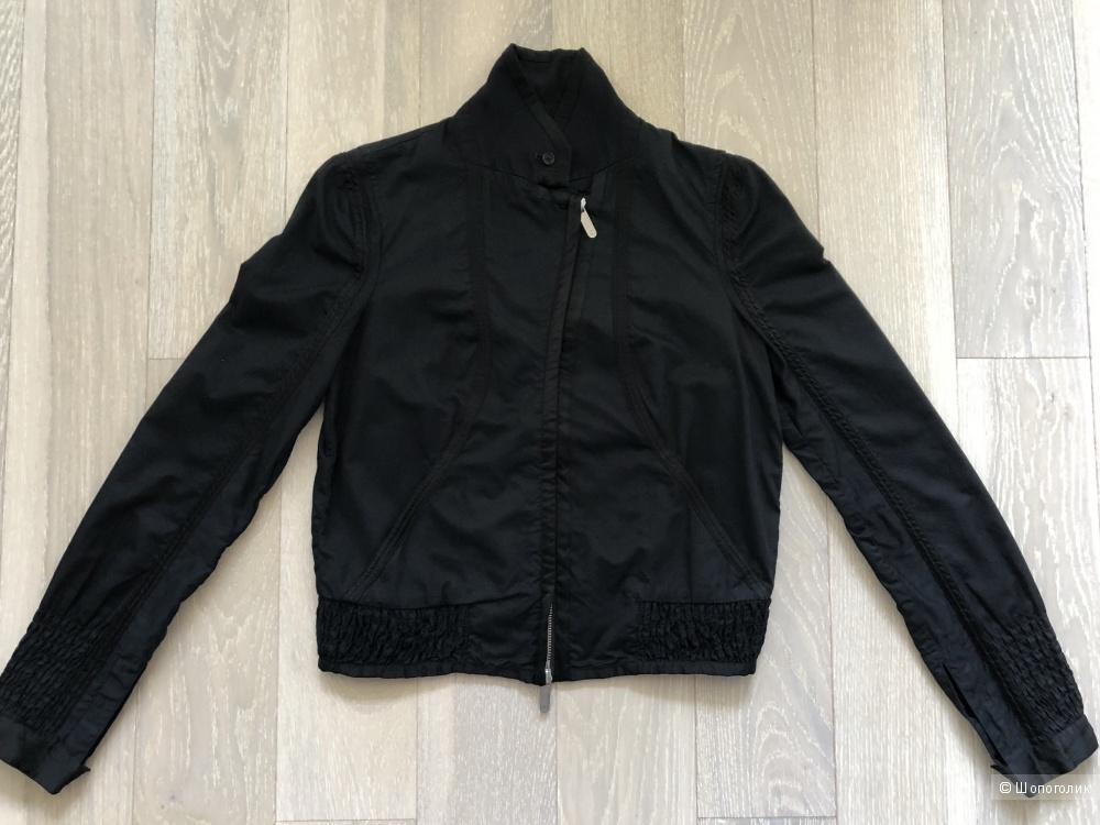 Куртка Armani exchange. Размер S.