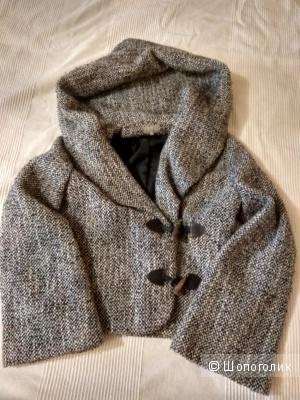 Пальто Naf Naf  размер S  (36 евр.)