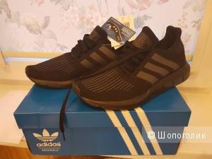 Кроссовки женские Adidas, размер 40
