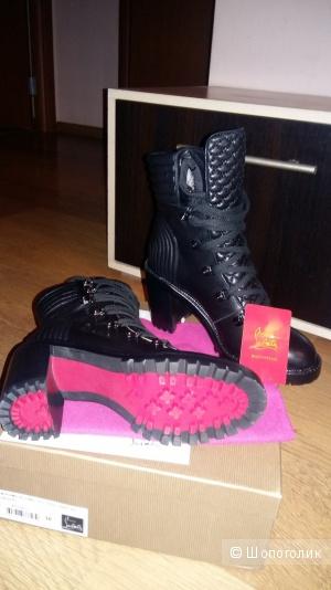 Ботинки 38 размер