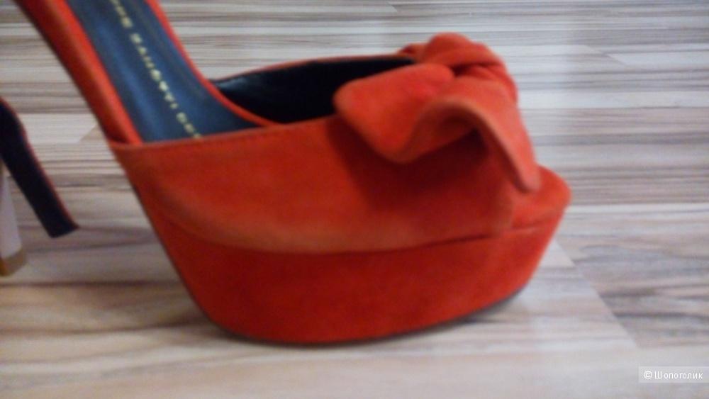 Босоножки Guiseppe Zanotti 40 размер