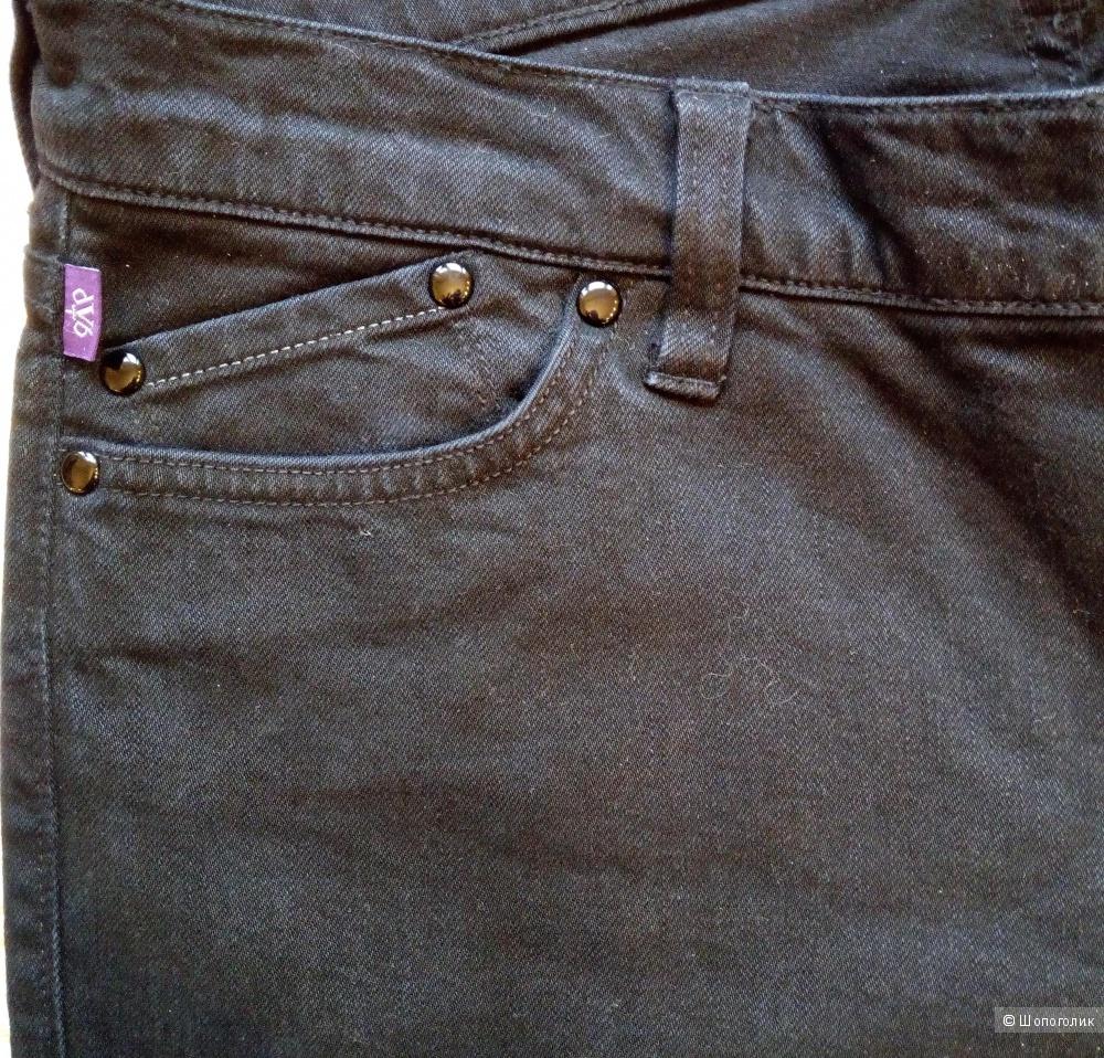 Джинсы Victoria Beckham, размер 29.