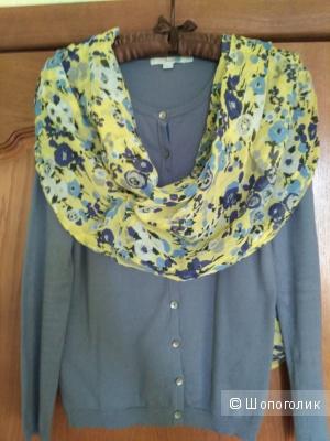 Комплект Boden: кардиган + шарф