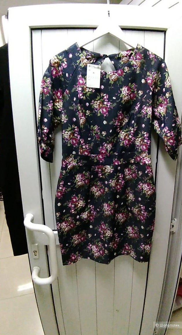 Цветочное платье-футляр . Размеры 44.46.48