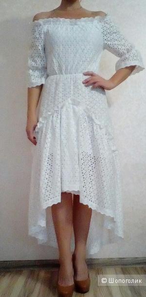 Платье Dolce&Gabanna 44 размер