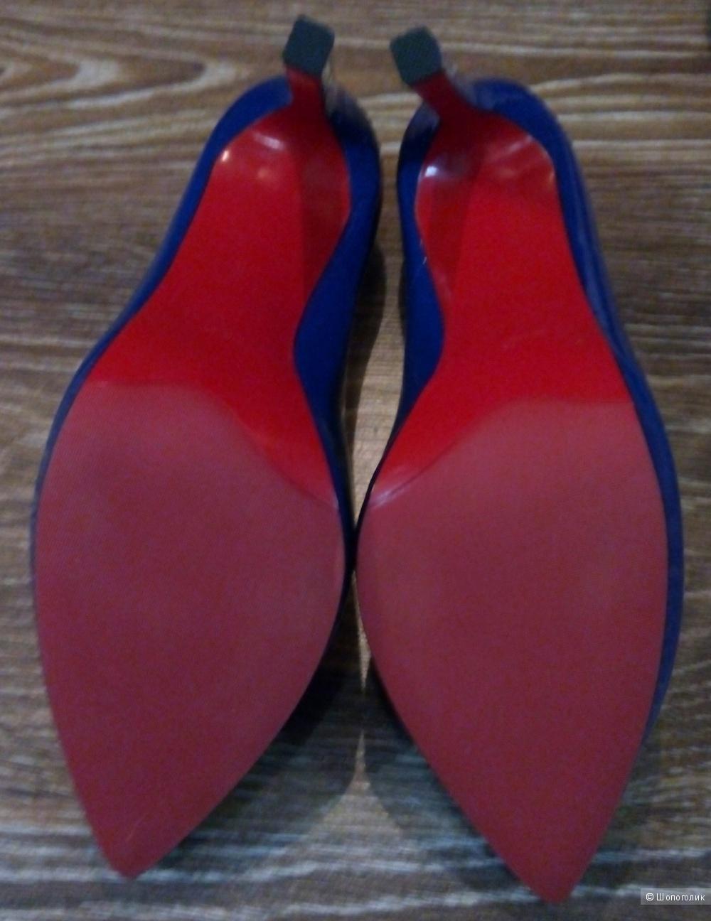 Туфли Christian Louboutin 36 размер