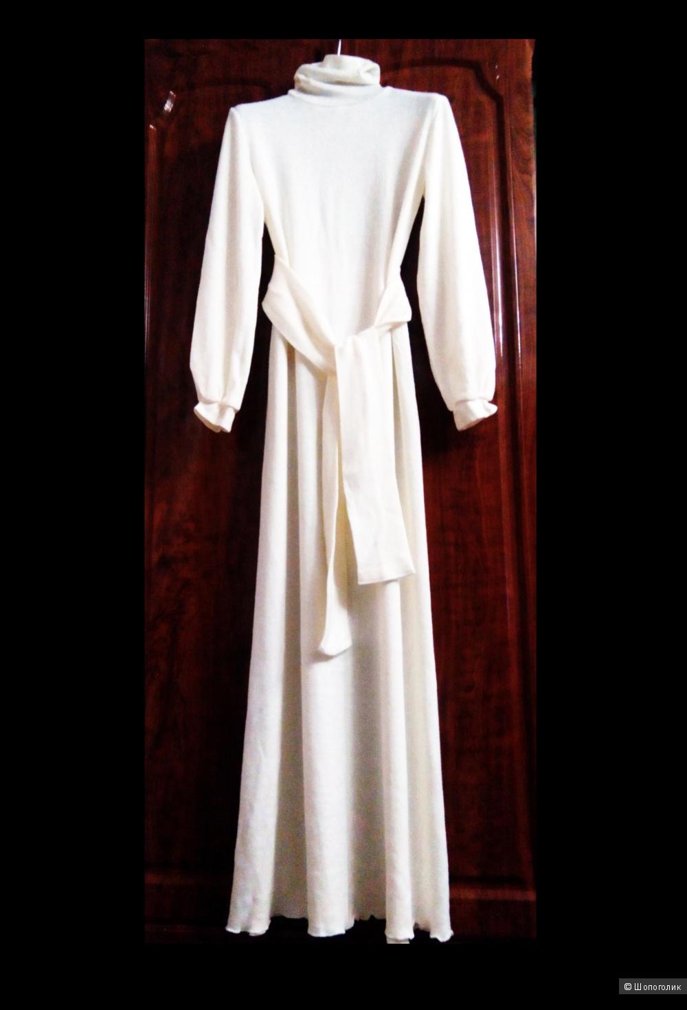 Полушерстяное платье Be In, разм. 46 росс.