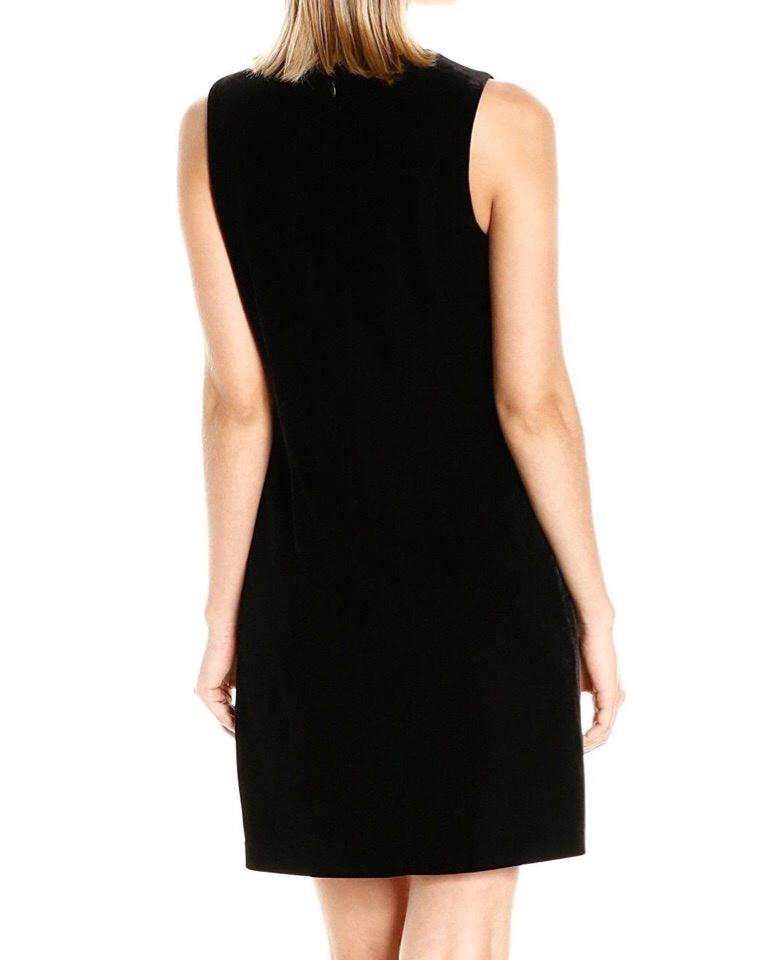 Платье от Jessica Simpson S