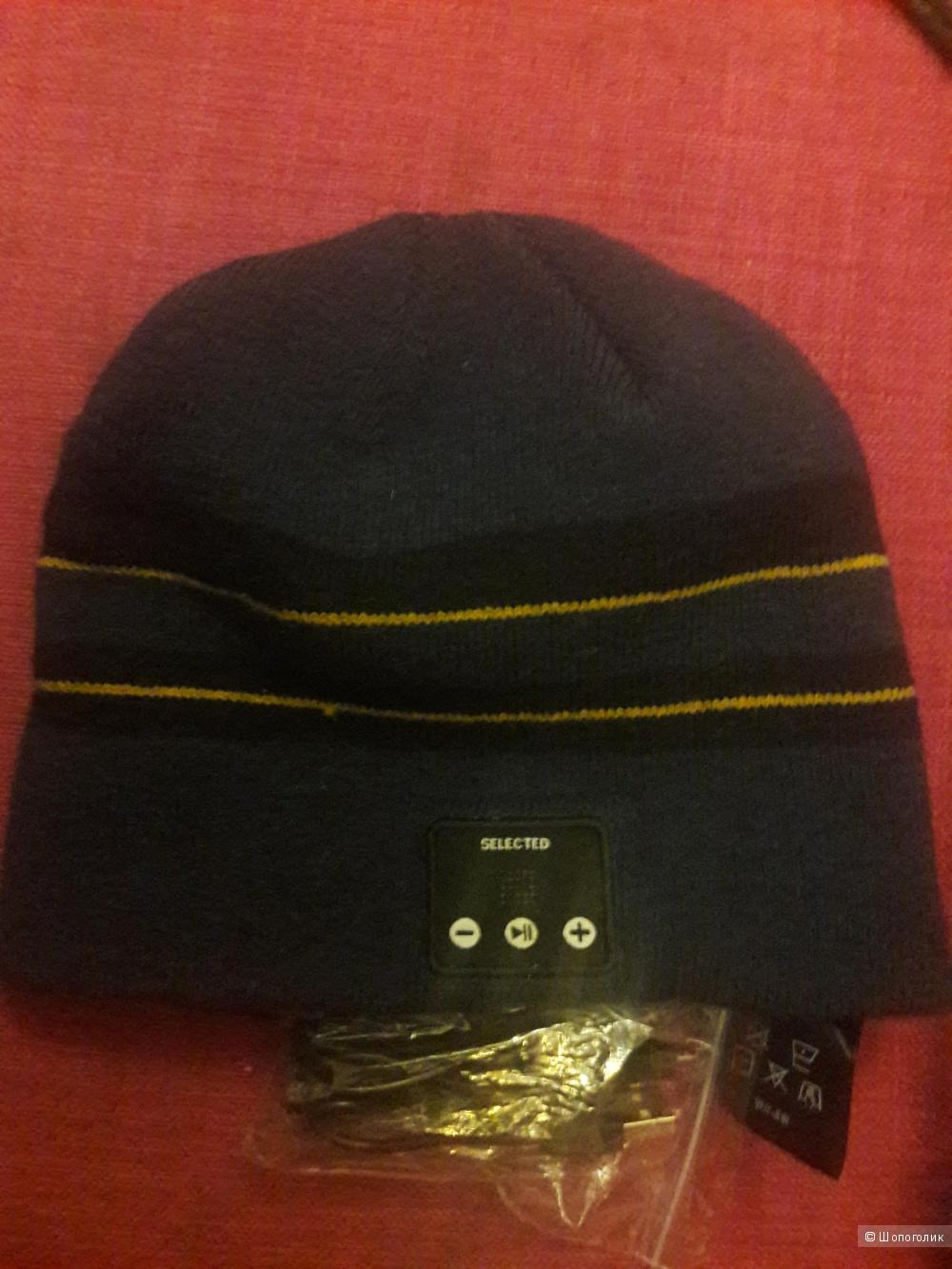 Шерстяная шапка с гарнитурой Selected